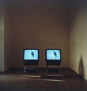YNK---Testsieger---Videoinstallation-1992